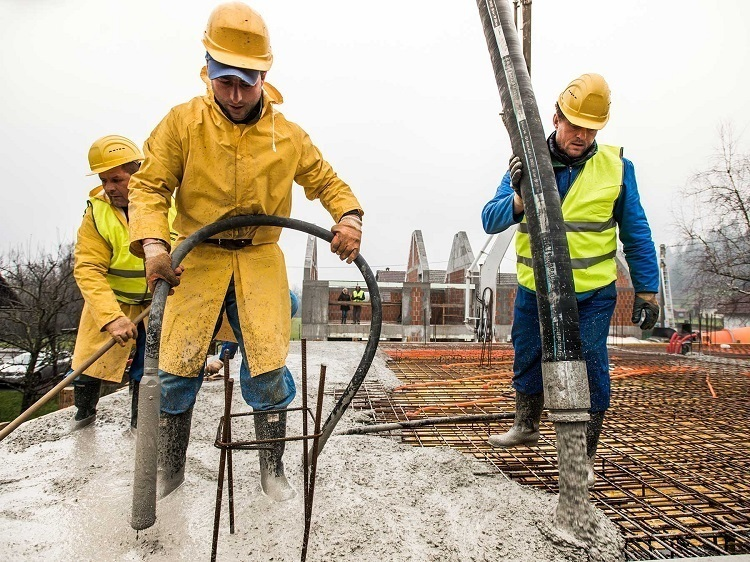 Construction Necessities: Bolle Safety Glasses, Hard Hats, and Safety Boots 1